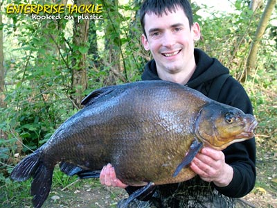 alan-stagg-16lb-7oz-bream